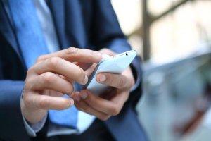 Nutzung einer App über ein Smartphone